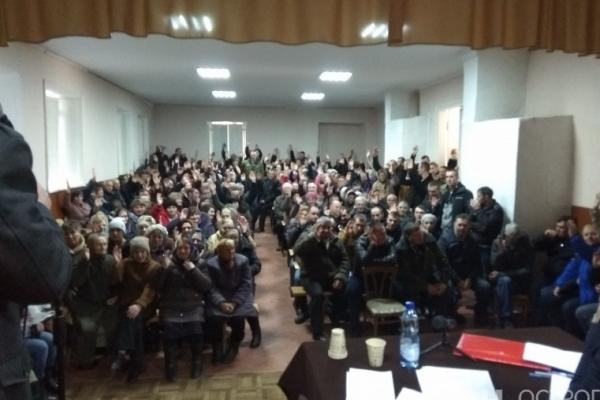 На Рівненщині ще одна з парафій одноголосно перейшла до ПЦУ