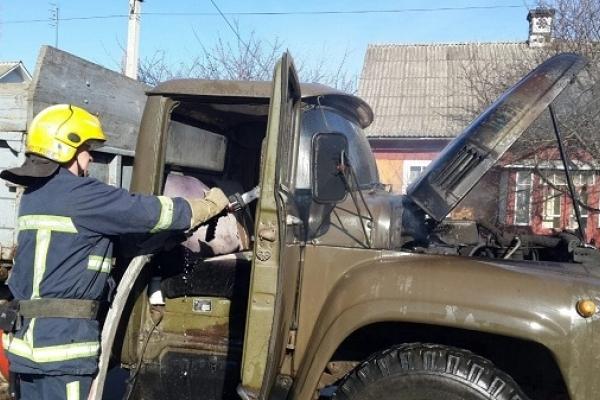 В Костополі горіло авто
