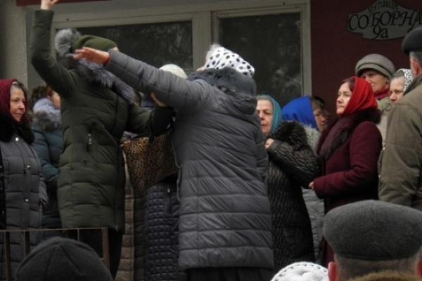На Володимиреччині церковне протистояння триває вже третій місяць