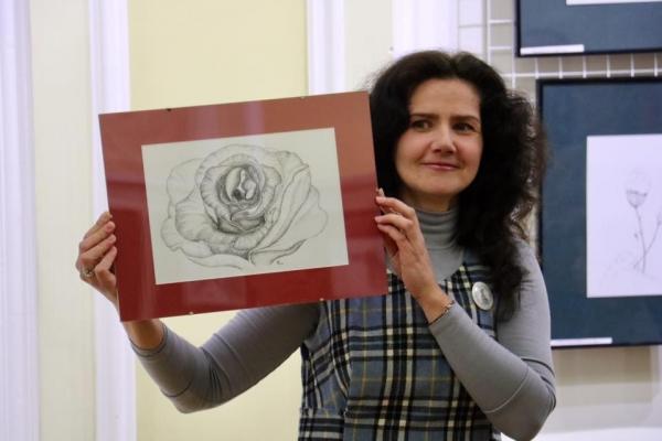 Рівненська художниця Олена Сєргєєва презентувала «Крапкологію» (Відео)