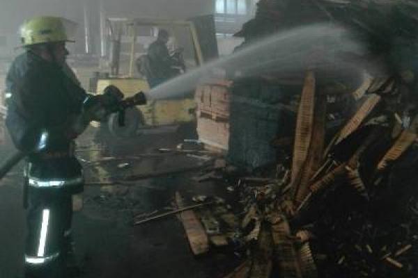 На Володимиреччині вдалося вберегти цех із виготовлення паркету від вигоряння