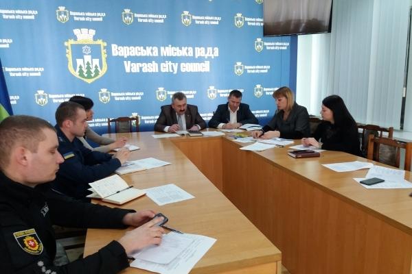 На Рівненщині рятувальники взяли участь у засіданні робочої групи щодо виборів 2019