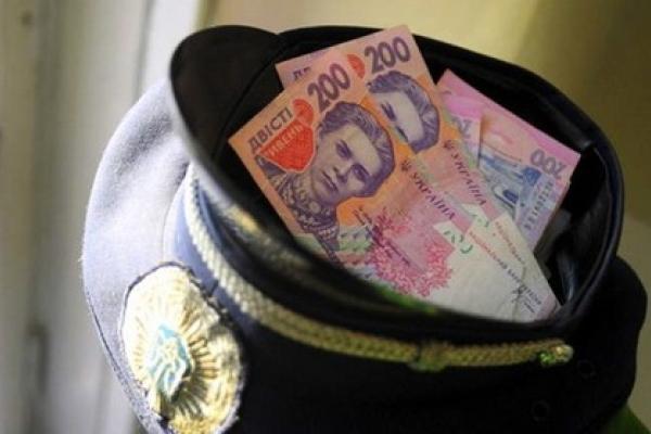 На Рівненщині зафіксували два факти пропозиції хабарництва працівнику поліції