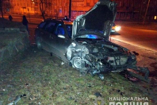 У Рівному нетверезий водій скоїв ДТП, внаслідок якого постраждав пасажир