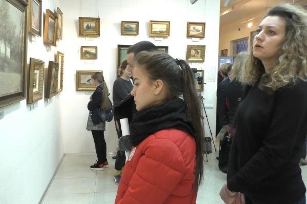Картини Івана Труша вперше презентували у рівненській галереї (Відео)