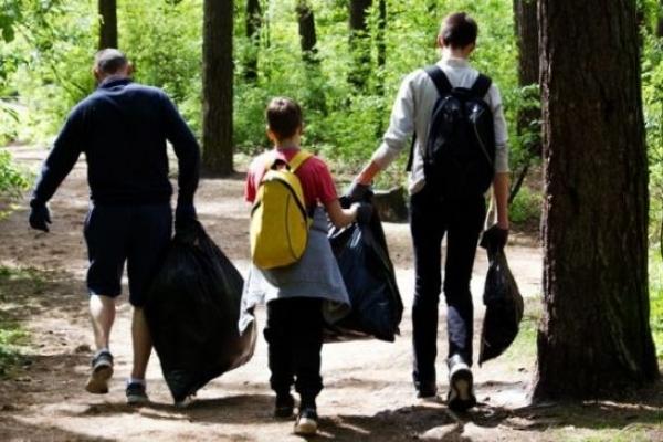 У Вараші активна молодь запрошує волонтерів для толоки