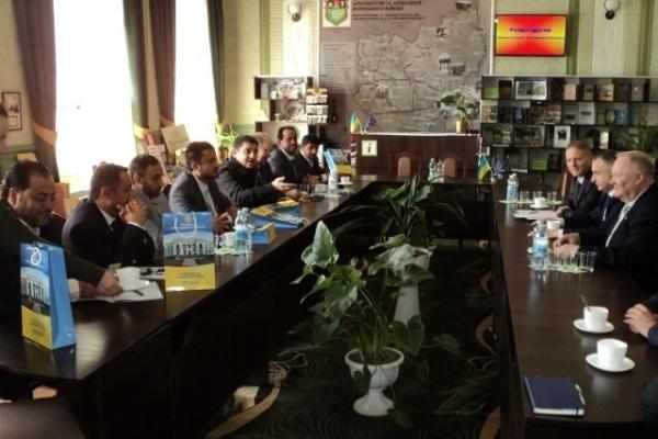 Бізнесмени Султанату Оман цікавляться рівненською продукцією