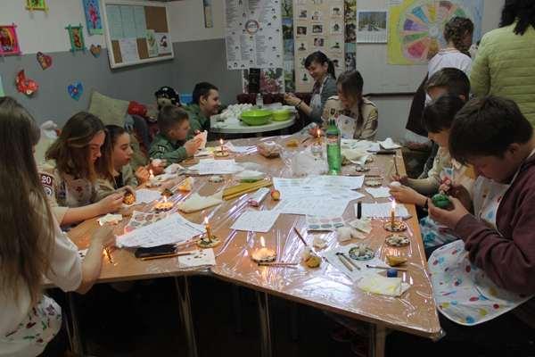 Пластуни рівненської округи запрошують на Благодійний Пасхальний ярмарок
