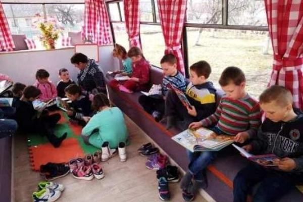 Креатив у Привільненській ОТГ на Рівненщині: навчальний клас на колесах