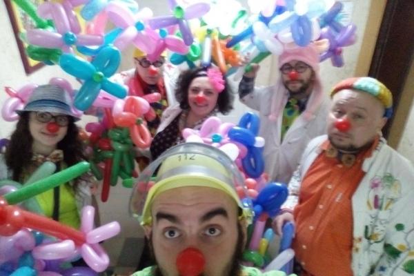 Лікарняні клоуни «Червоні Носи» чекають підкріплення!