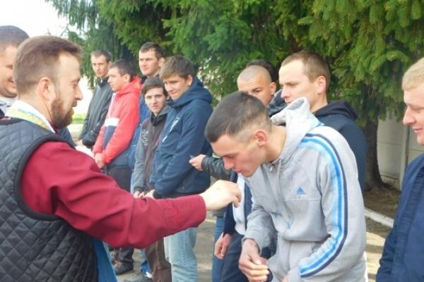 Понад два десятки млинівчан провели на службу в Збройні сили України на Великодньому тижні