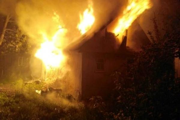Як у Корці вогнеборці  житловий будинок врятували
