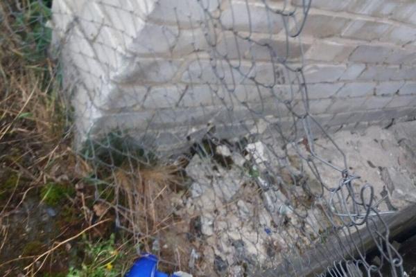 У селі Нетреба на Володимиреччині мотоцикліст не розминувся з бетонною огорожею