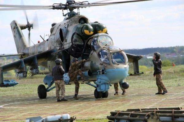 На Рівненському військовому полігоні відбулись масштабні авіаційні навчання