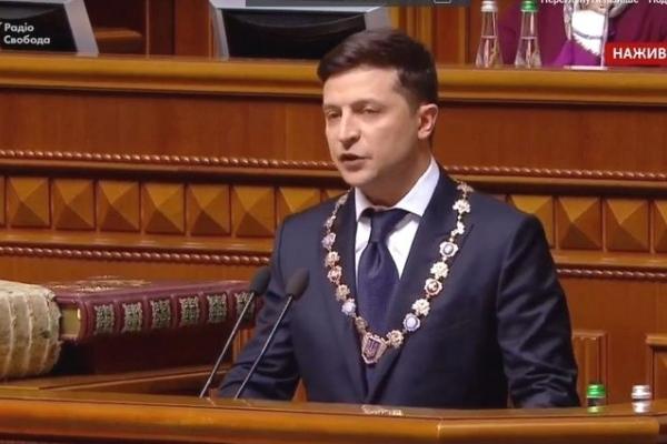Більше не висітиме на стінах установ портрет Президента України