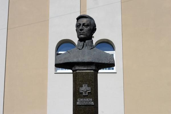 У Рівному вшанували пам'ять Симона Петлюри з нагоди 140 річниці від дня його народження