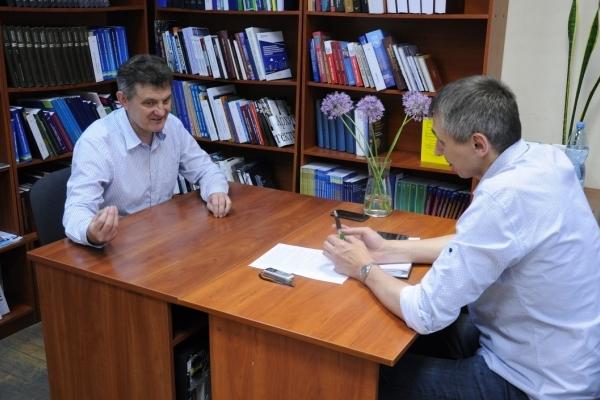 Якщо новий парламент відкине децентралізацію,  довго не протримається... - Юрій Ганущак
