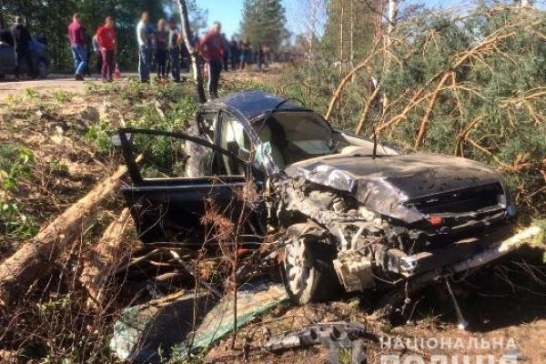 Злетів в кювет та загинув 24-річний водій на Рокитнівщині