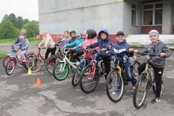 У селі Малий Шпаків Рівненського району провели фестиваль «Велодень»