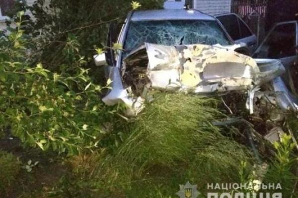 Цієї ночі у Збужі на Костопільщині автівка в'їхала в приватний будинок