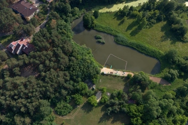 Безпечним місцем для купання жителів Рівненщини назвали лише одну водойму (Фото)