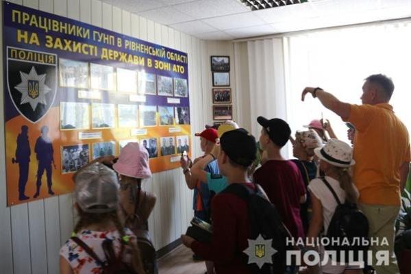 Рівненські поліцейські нагадали дітям про безпечну поведінку під час канікул