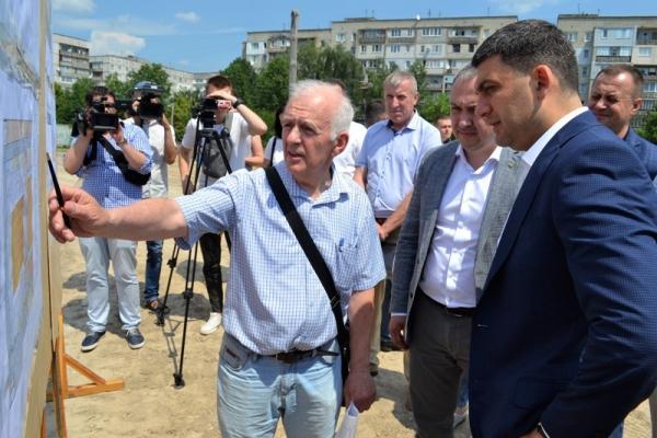 «Такі спорткомплекси, як на Макарова, мають бути в кожному обласному центрі», – Володимир Гройсман