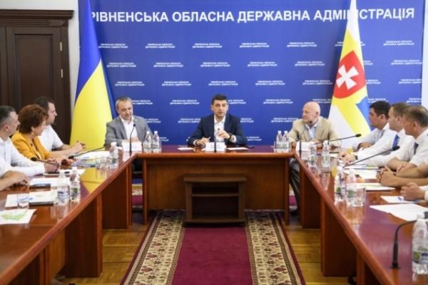 «Децентралізація - одна з найуспішніших реформ», - Володимир Гройсман під час зустрічі з головами ОТГ Рівненщини