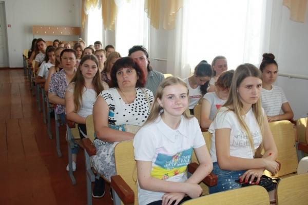 Школярка з Острога Анна Лавренюк стала «Лідером року» Рівненщини