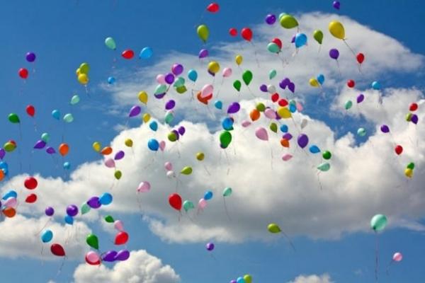 На Рівненщині повітряні кульки не випускатимуть в небо і на випускний
