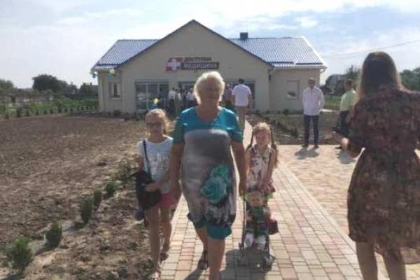 Вже четверту сільську амбулаторію відкрили у Рівненському районі