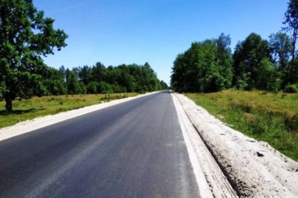 На Рівненщині триває ремонт на 13-ти ділянках доріг місцевого значення