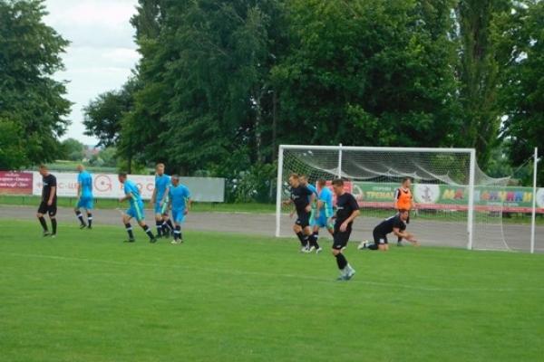 Млинівські футболісти у чемпіонаті Рівненщини з футболу серед ветеранів перемогли своїх гостей