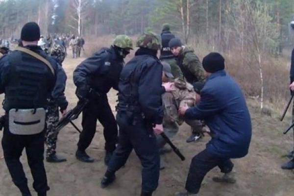 На Рівненщині бурштинщиків взяли під домашній арешт