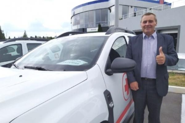 Сільські амбулаторії Рівненщини отримали 34 нових автомобілі