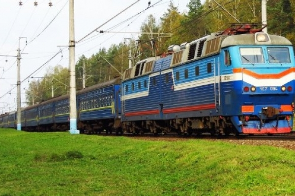 «Укрзалізниця» прохолоджує пасажирів, видаючи напівмокру білизну