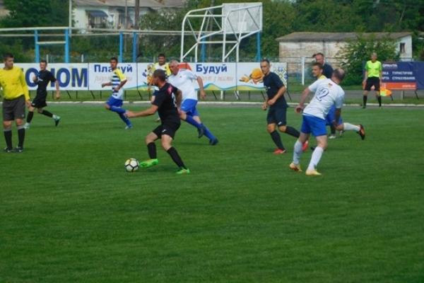 Сім хвилин – один гол! – У день тиші у Млинові змагались ФК «Автоплюс» із володимирецькою «Енергією»