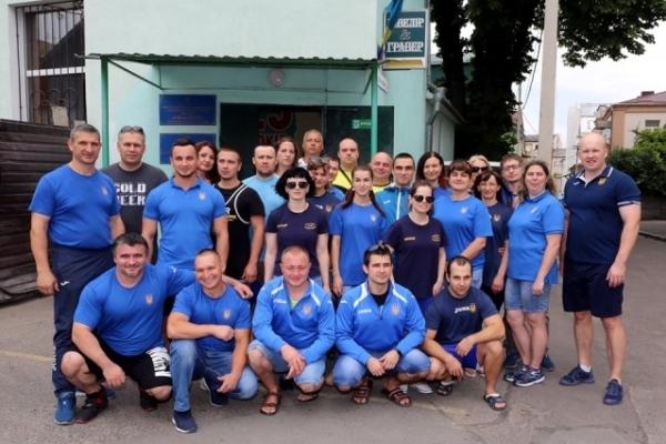 У Рівненському «Інваспорті» тренуються найсильніші пауерліфтери України