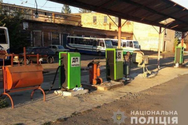 У Рівненській області припинили роботу 135 «тіньових» заправок