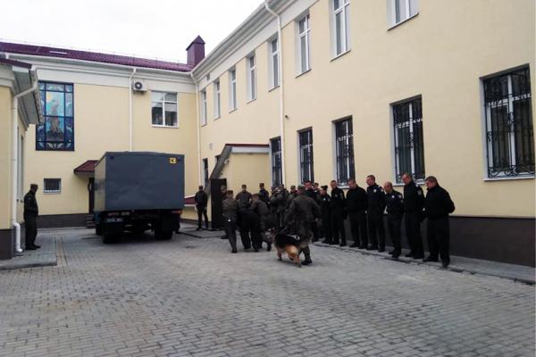 Нацгвардійці вгамували засуджених в Апеляційному суді Рівненщини