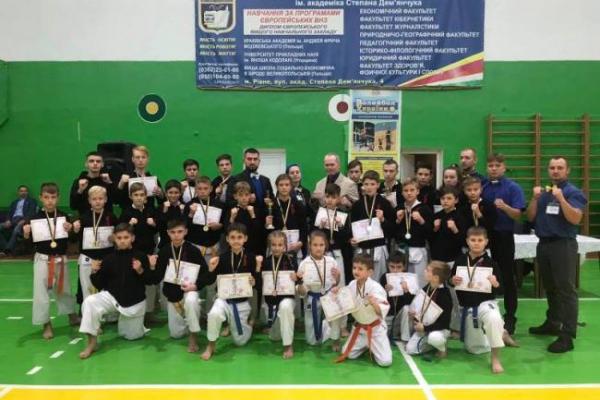 Рівне приймало Чемпіонат України з кйокушінкаі карате Унія України (ФОТО)