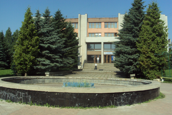 Рівненська обласна універсальна наукова бібліотека запрошує на ряд заходів