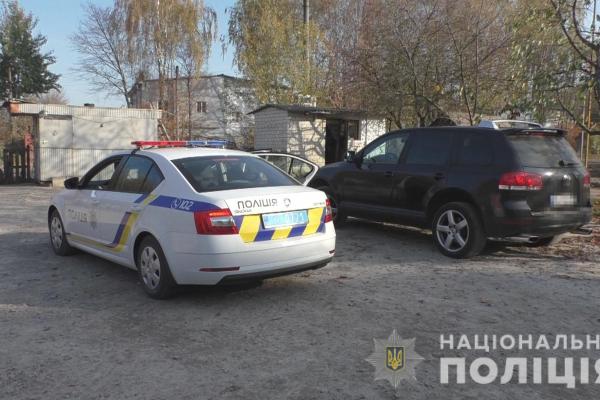 На одній з АЗС Рівненщини поліцейські складають адмінпротоколи уже вчетверте