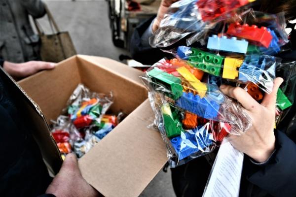 18 тисяч наборів LEGO отримали школярі Рівненщини