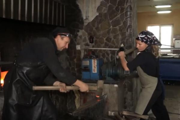 На Рівненщині навчають майбутніх ковалів (Відео)