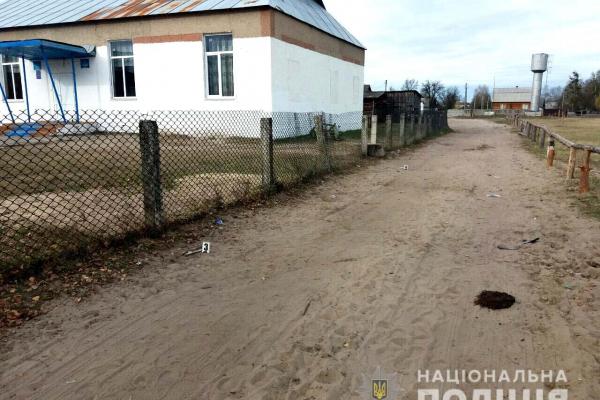 З дискотеки в реанімацію: на Рівненщині чоловік вдарив дерев'яною штахетиною 20-річного хлопця