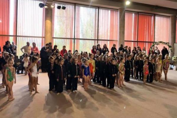 Острозькі гімнастки повернулися додому з медалями