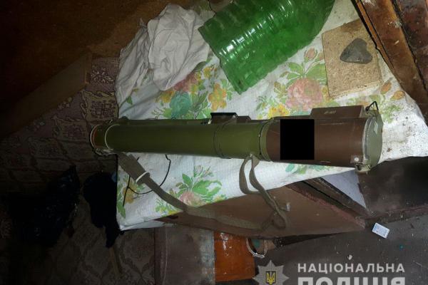 У гаражі дубенчанина знайшли гранатомет