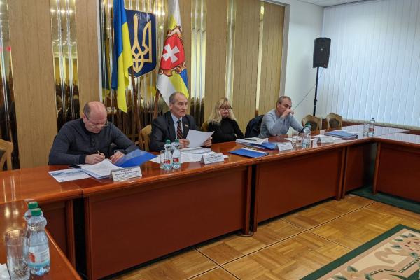 На сесію Рівненської обласної ради виноситься питання про зміну перспективного плану