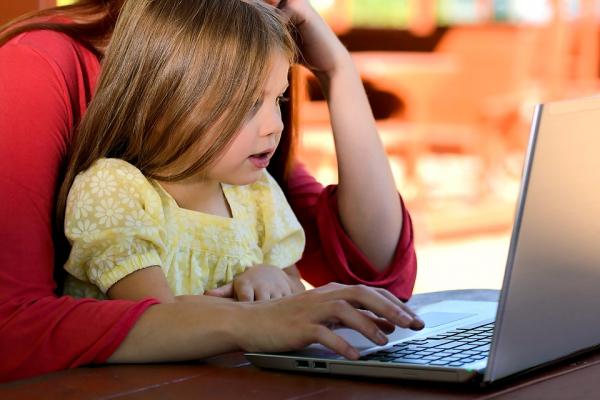Рівняни зможуть захистити своїх дітей в Інтернеті